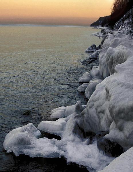 Icy shores  Milwaukee  Jack Roper .jpg