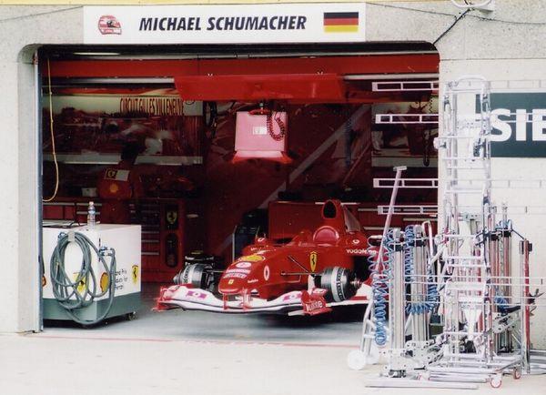 Ferrari-02.jpg