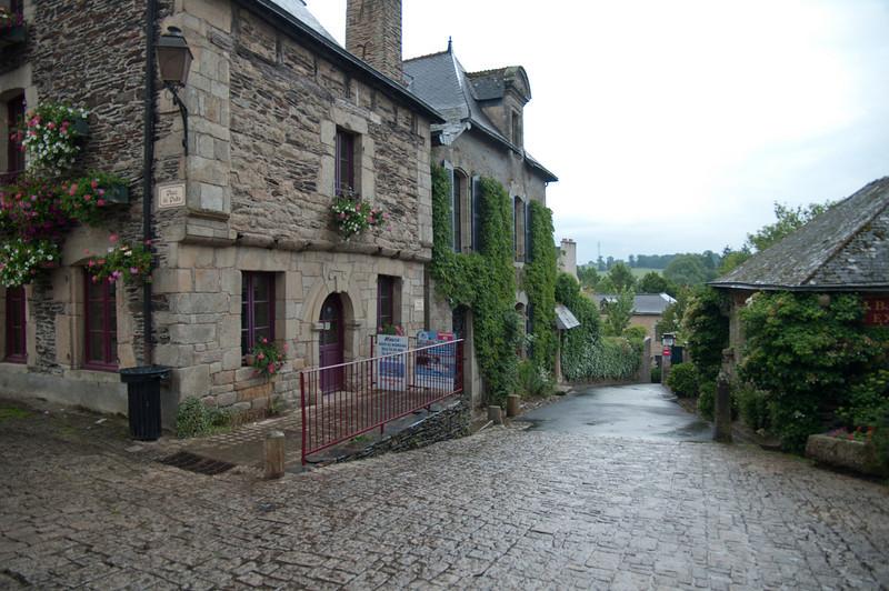 06.09.2010 -  Rochefort en-Terre, France-3.jpg