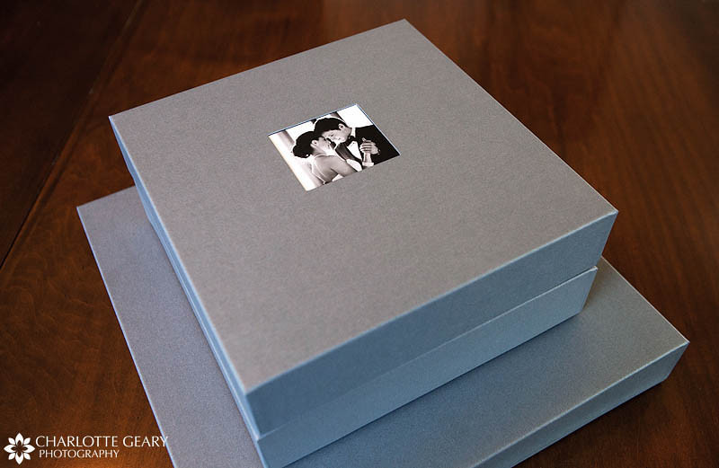 Flushmount wedding albums