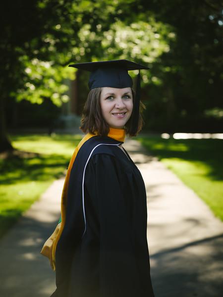 Amanda-Graduation-2017-11.jpg