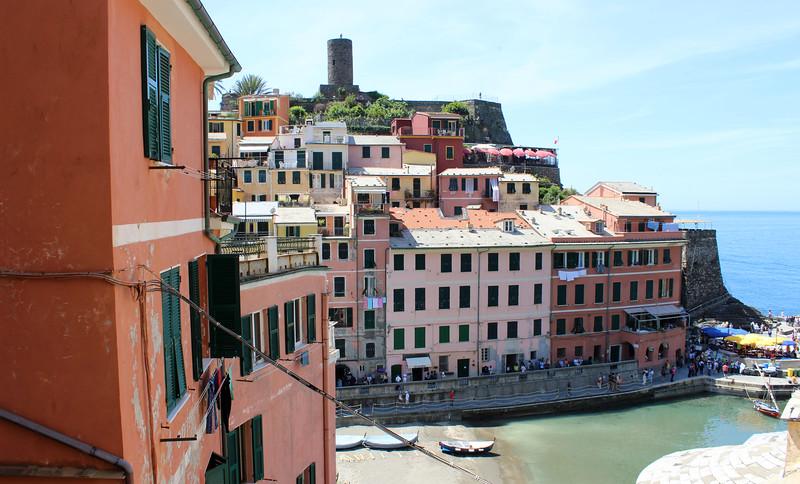 Italy-Cinque-Terre-Vernazza-07.JPG