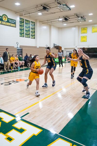 Basketball-W-2020-01-10-6552.jpg