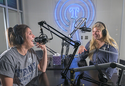 WEAX RADIO / COMMUNICATION STUDENTS