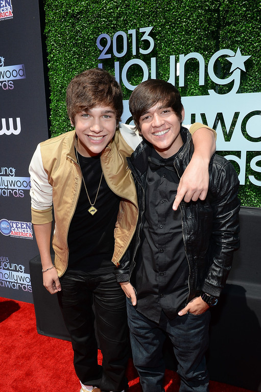 . Singer Austin Mahone (L) and Alex Constancio attend CW Network\'s 2013 2013 Young Hollywood Awards presented by Crest 3D White and SodaStream held at The Broad Stage on August 1, 2013 in Santa Monica, California.  (Photo by Michael Buckner/Getty Images for PMC)