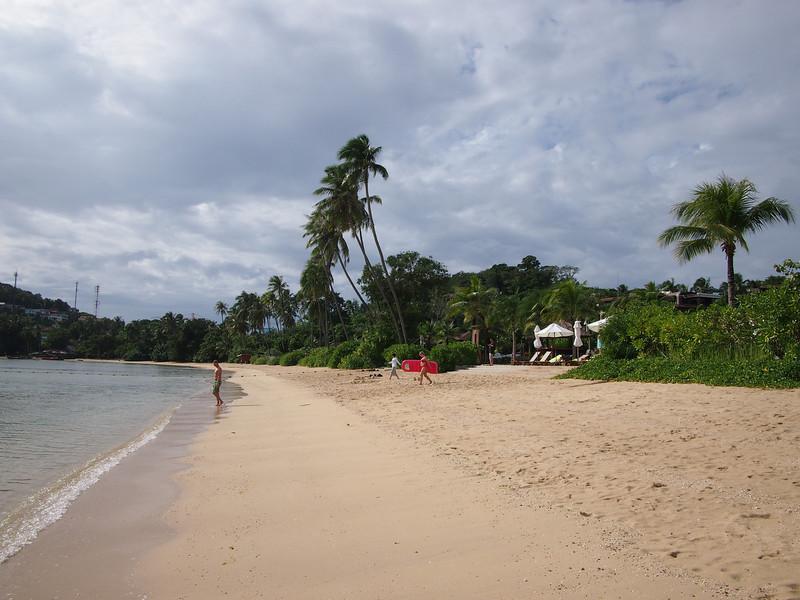 P9292265-beach.JPG