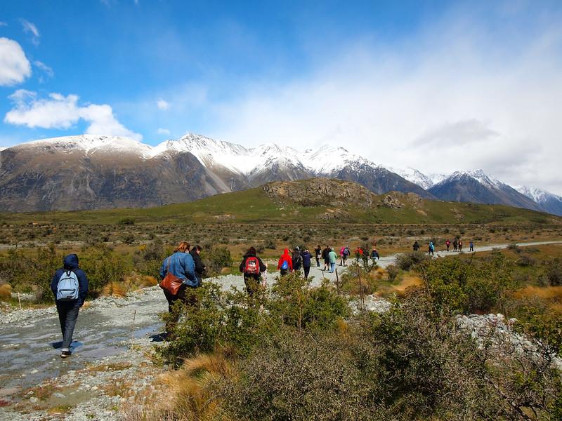 Hiking to Mount Sunday (AKA Edoras) in New Zealand