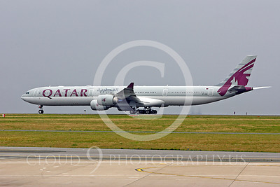Qatar Airline Airbus A340 Airliner Pictures