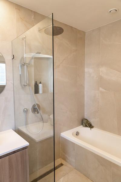 Nat Bathroom (7).jpg