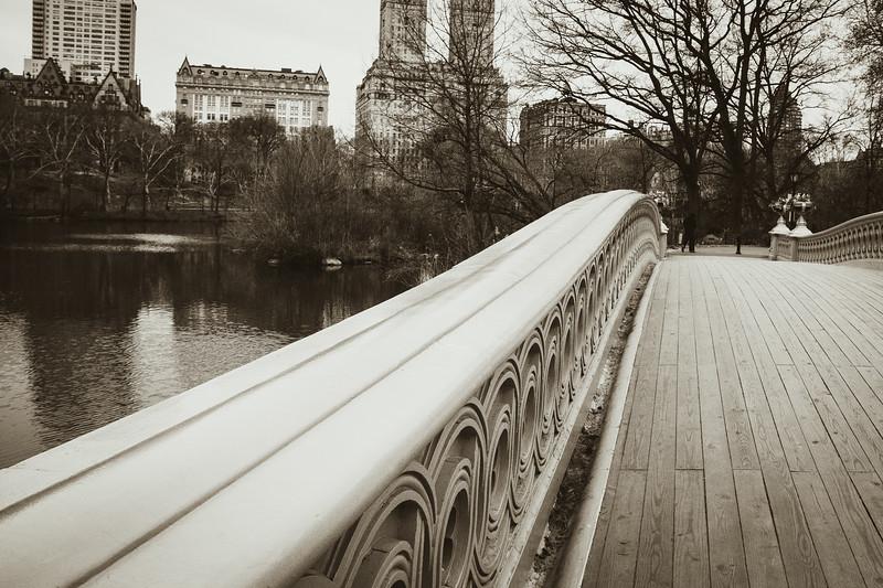 Bow Bridge bw-2855.jpg