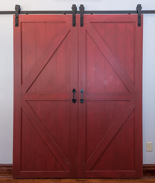 Barn Door Pantry (2 of 9).jpg