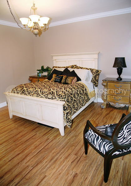 Greystone Manor Guest House Bedroom Vertical-Cambria Real Estate Photography.jpg