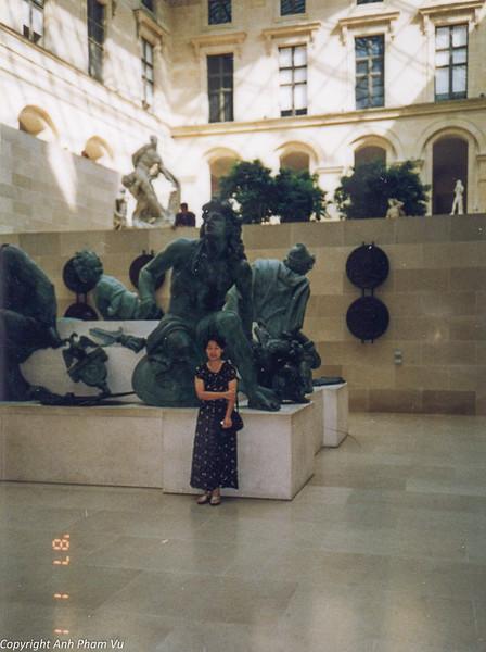 Paris 90s 024.jpg