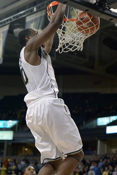 Codi Miller McIntyre dunk.jpg