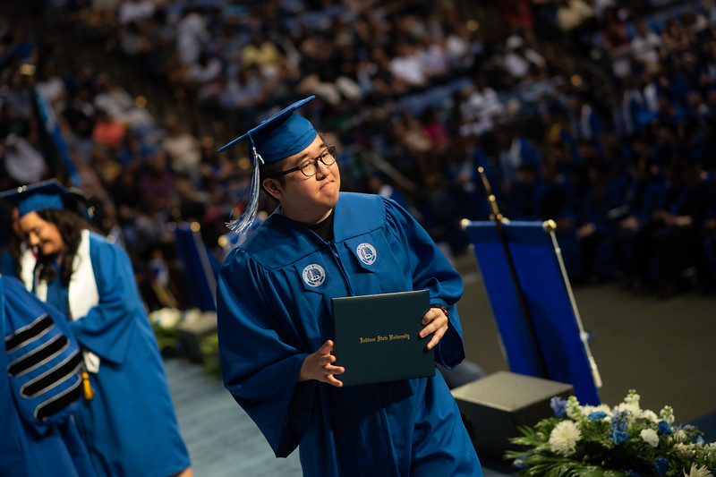 May 12, 2018 commencement -2190.jpg