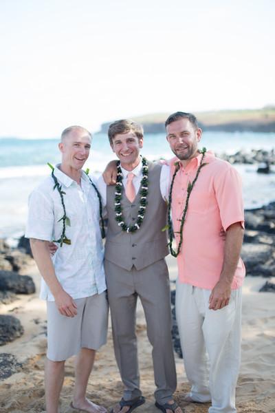 gillin beach kauai wedding-163.jpg