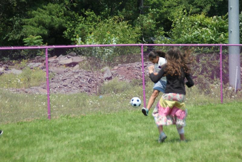 kars4kids_thezone_camp_GirlDivsion_activities_sports_soccor (4).JPG