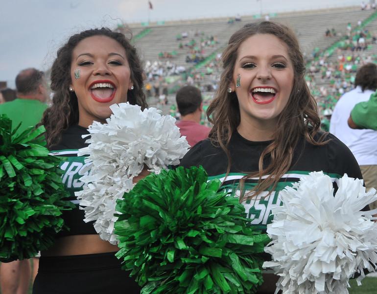 cheerleaders4042.jpg