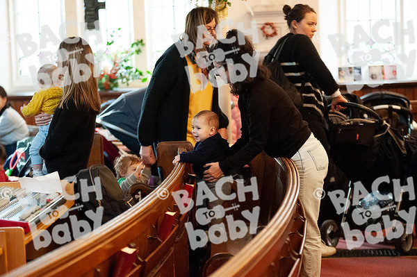 ©Bach to Baby 2019_Laura Woodrow_MuswellHill_2019-19-12_ 46.jpg