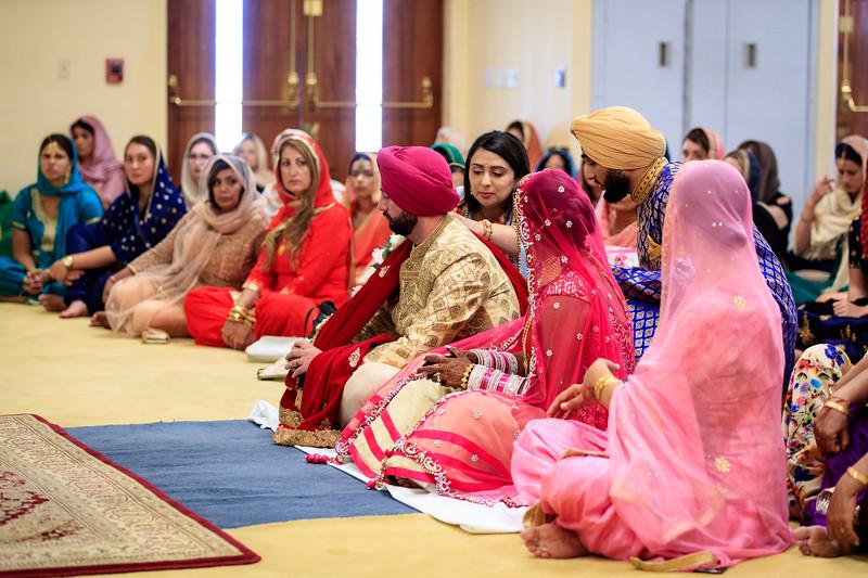 Neelam_and_Matt_Gurdwara_Wedding-1378.jpg