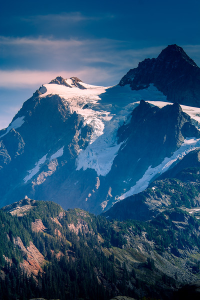 Artist Point is located at the very end of Mount Baker Highway, State Route 542 and boasts 360-degree views of Mount Shuksan and Mount Baker, as well as access to a variety of trails. The road to Artist Point, 2.7 miles long (milepost 54.55 to 57.26) and more than 5,000 feet above sea level, is typically buried under snow and closed October through June.