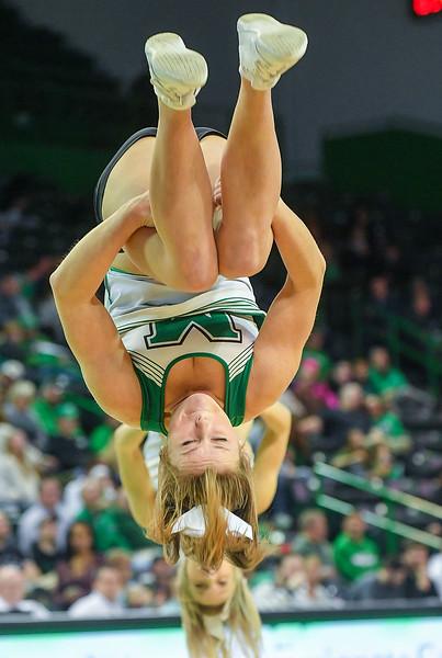 cheerleaders3577.jpg