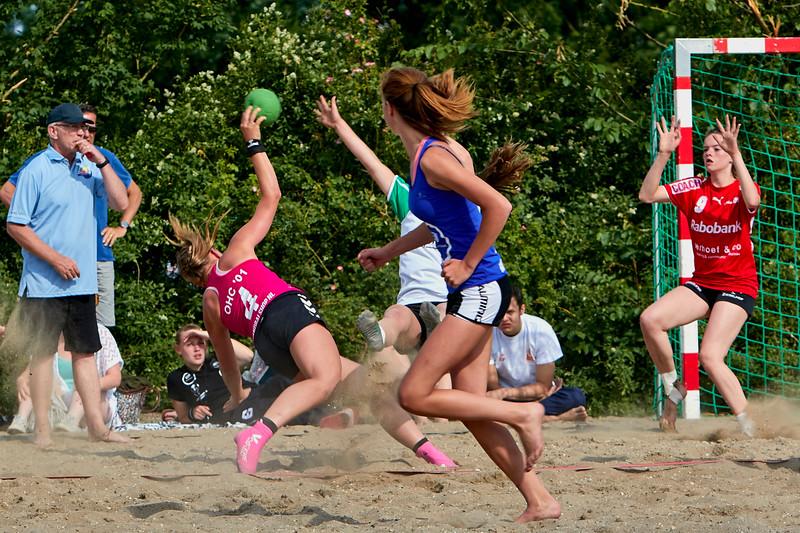 Molecaten NK Beach Handball 2015 dag 2 img 045.jpg