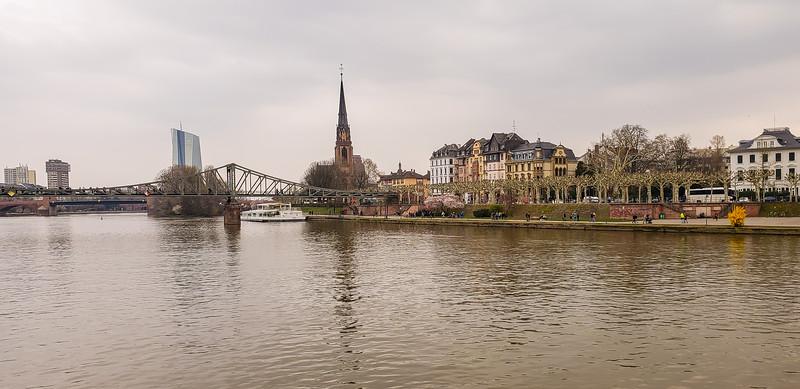 Frankfurt 3-24-19-125.jpg