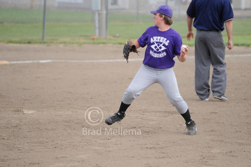 Axtell Boys Baseball 24.jpg