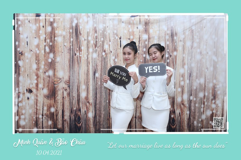 QC-wedding-instant-print-photobooth-Chup-hinh-lay-lien-in-anh-lay-ngay-Tiec-cuoi-WefieBox-Photobooth-Vietnam-cho-thue-photo-booth-112.jpg