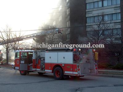 4/10/09 - Lansing hotel fire, 6820 S Cedar