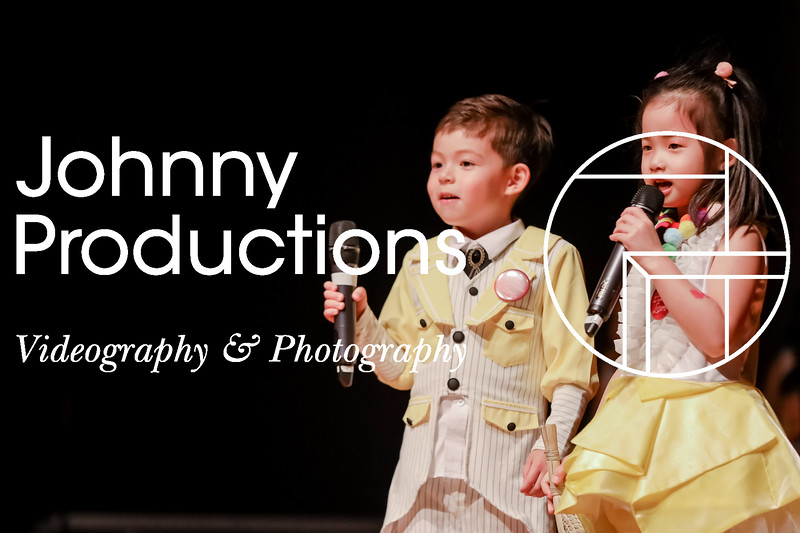 0005_day 1_yellow shield_johnnyproductions.jpg