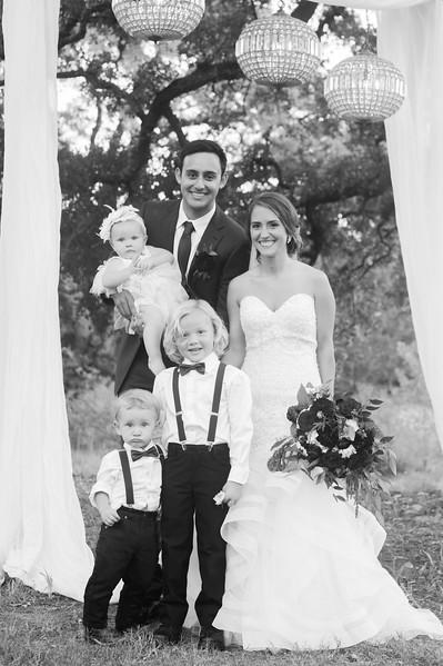 Alexa + Ro Family Portraits-35.jpg