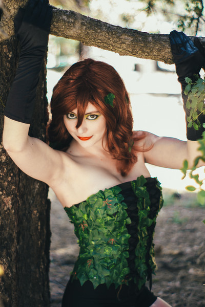 Donegee Media Cosplay Ivy and Alice-50.jpg