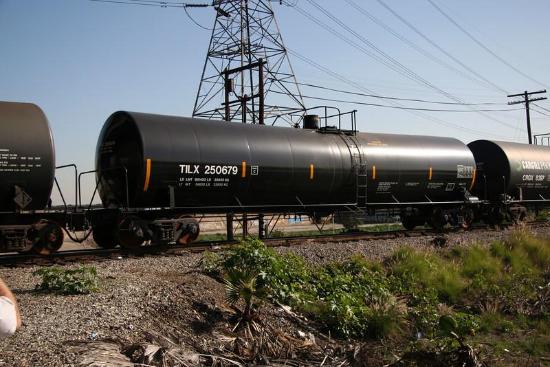 TILX250679.JPG