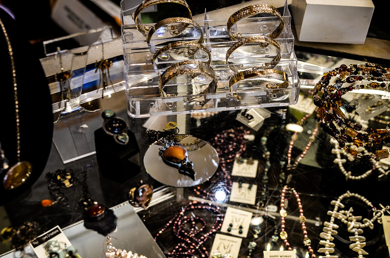 Jewelry Horizontal 3