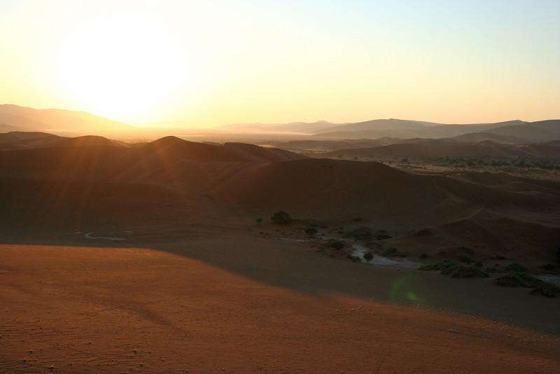 sunrise at soussvlei national park