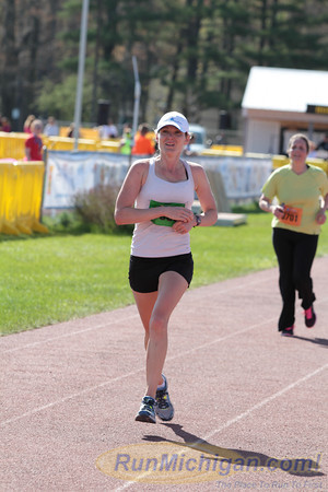 Featured - 2014 TC Track Club Bayshore Marathon