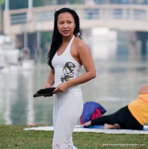 Exercising at Lumphini Park - Ecember 2009