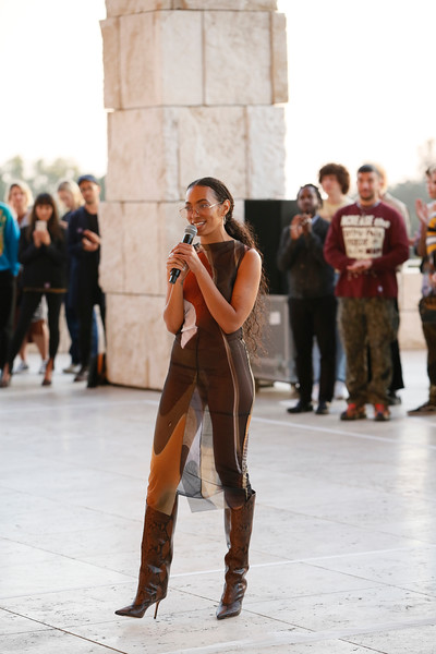 Solange Debuts Bridge-s at Getty Center Museum (Press Images)