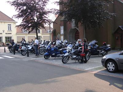 02-06-07 De Grote oorlogen in de kleine westhoek (Waeyaert Martin en Greet)