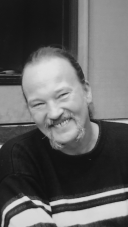 Andrew Dlugolecki