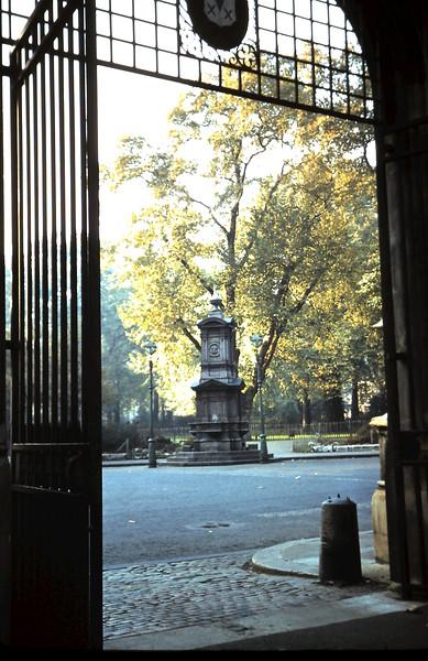 1959-11-8 (14) Lincolns Inn, London.JPG