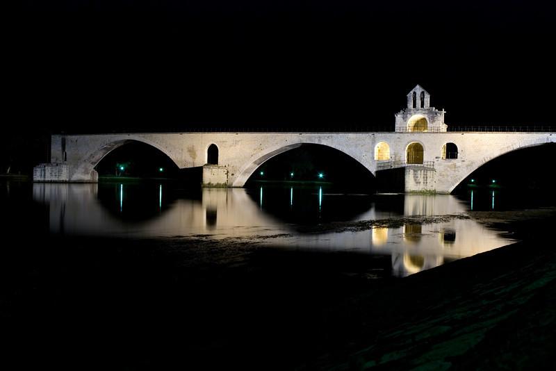 Pont d'Avignon Avignon, France — June 2009  Est-ce qu'on y danse..?
