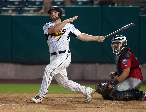 08/22/18 Wesley Bunnell | Staff The New Britain Bees vs the Road Warriors at New Britain Stadium on Wednesday night. Catcher Ryan Wagner (7).