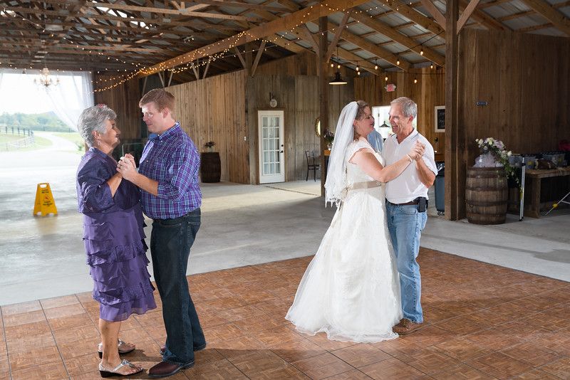 Angie & Anthony at the Bluegrass Wedding Barn in Perryville, Ky. 9.18.16.