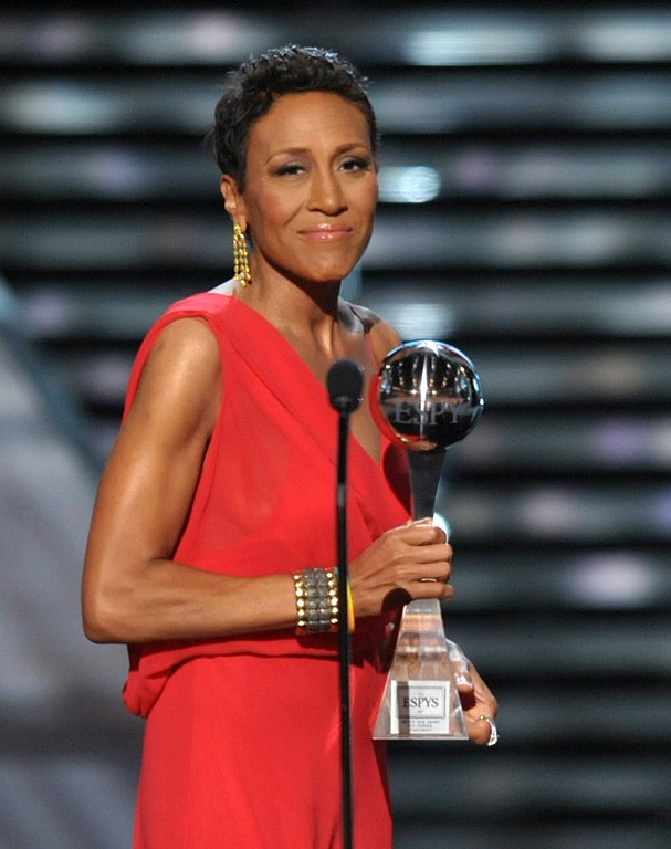 . Television host Robin Roberts accepts the Arthur Ashe courage award at the ESPY Awards on Wednesday, July 17, 2013, at Nokia Theater in Los Angeles. (Photo by John Shearer/Invision/AP)