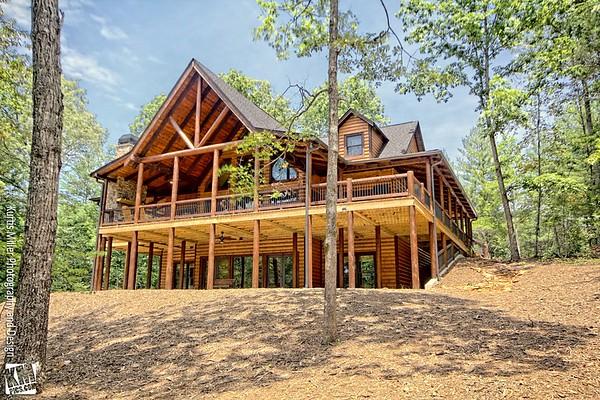 Larson Log Home
