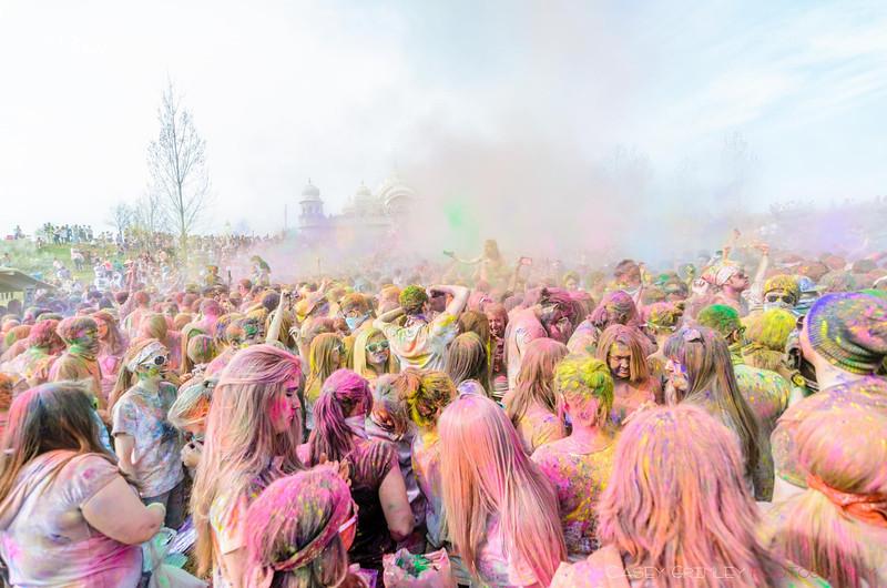 Festival-of-colors-20140329-234.jpg