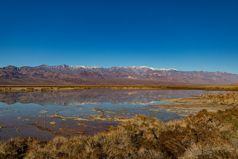 Death-valley-mirror-image-lake3.jpg